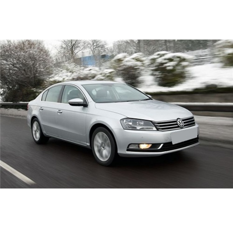 Tendine parasole oscuramento vetri tende auto Volkswagen Passat 4 porte 2011